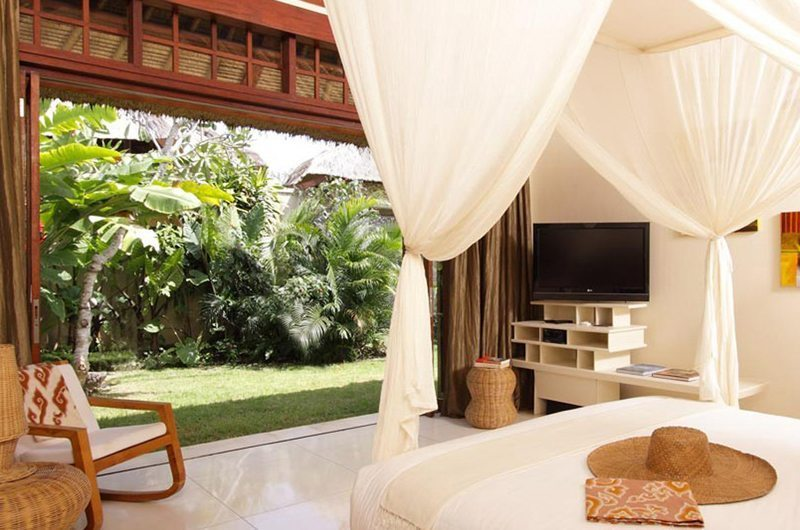 Sound Of The Sea Bedroom | Pererenan, Bali
