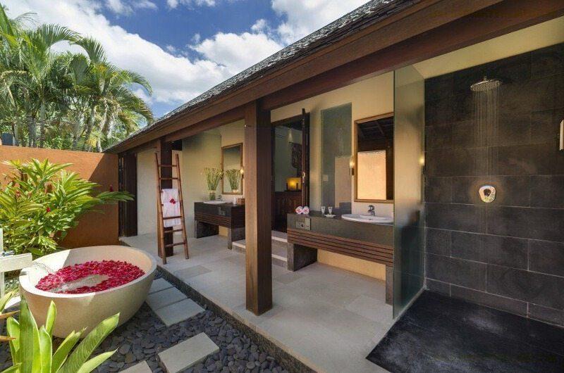 Astika Toyaning Bathroom | Canggu, Bali
