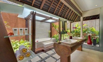 Astika Toyaning Bathroom   Canggu, Bali