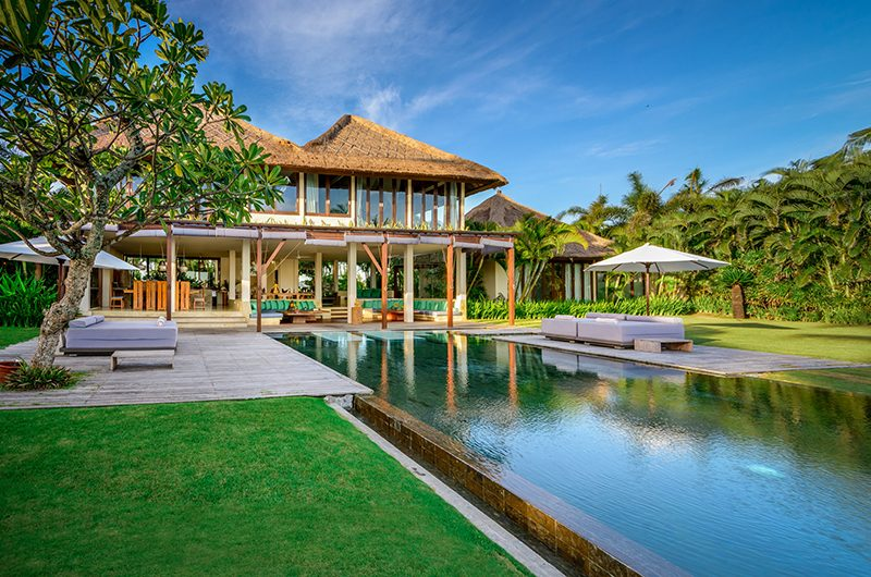 Shalimar Villas Garden and Pool Area | Seseh, Bali