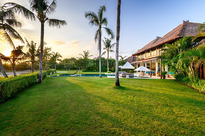 Shalimar Villas Garden Area | Seseh, Bali