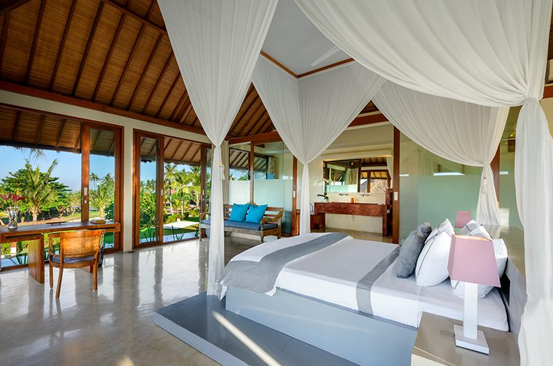 Shalimar Villas Bedroom with Garden View | Seseh, Bali