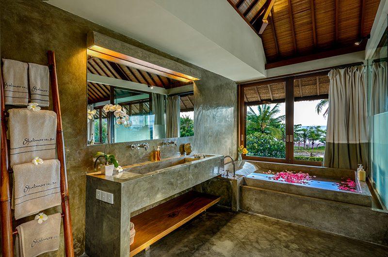 Shalimar Villas Bathroom Area | Seseh, Bali