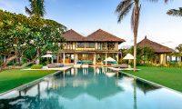 Shalimar Villas Pool | Seseh, Bali