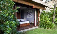 Sound of the Sea Bedroom Area   Pererenan, Bali