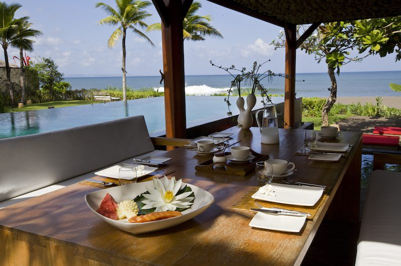 Sound of the Sea Open Plan Dining Table | Pererenan, Bali