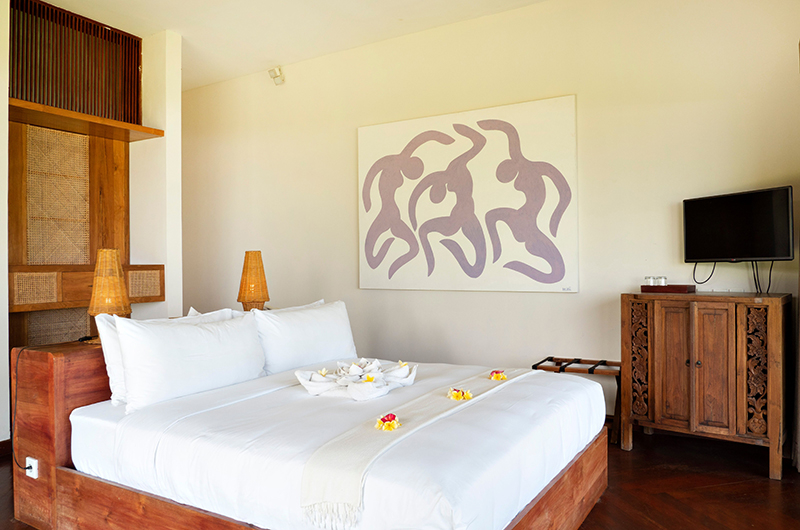 Sound of the Sea Bedroom with Wooden Deck | Pererenan, Bali