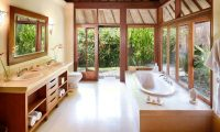 Villa Bougainvillea Bathtub Area | Canggu, Bali