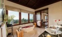 Villa Capung Bathroom   Uluwatu, Bali