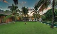 Villa Cocogroove Swimming Pool I Seminyak, Bali