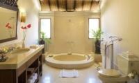 Villa Frangipani Bathtub | Canggu, Bali