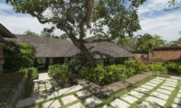 Villa Frangipani Pathway | Canggu, Bali