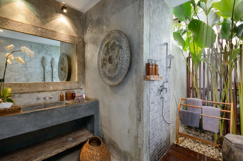 Villa Ipanema Bathroom One | Canggu, Bali