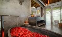 Villa Ipanema En-suite Bathroom | Canggu, Bali