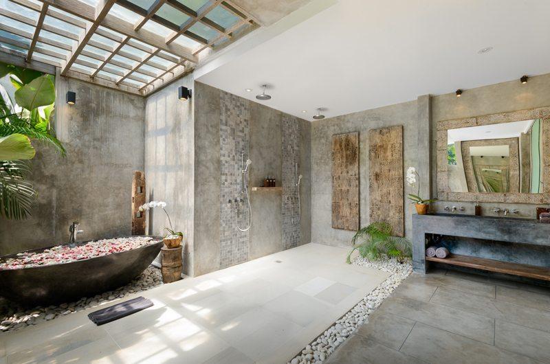 Villa Ipanema Bathtub | Canggu, Bali