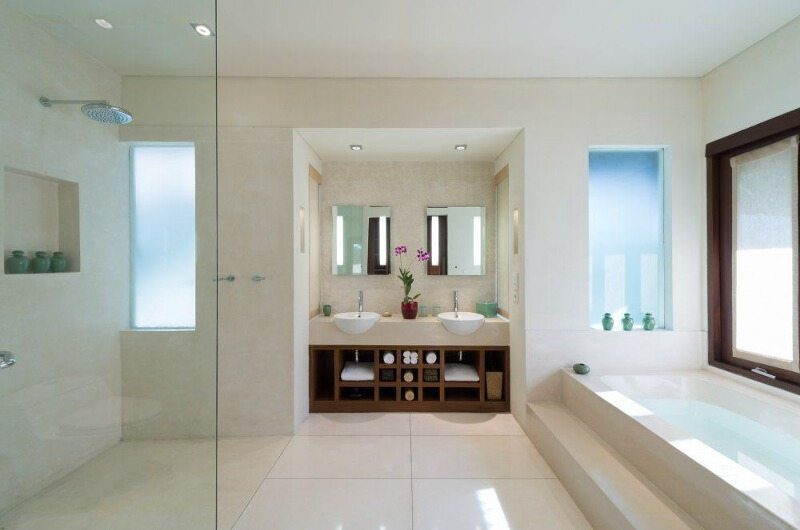 Villa Mata Air Bathroom | Canggu, Bali