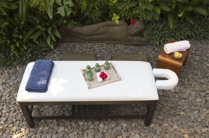 Villa Mata Air Massage Bed | Canggu, Bali