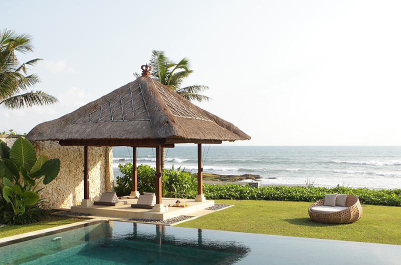 Villa Melissa Bale with Ocean's View | Pererenan, Bali