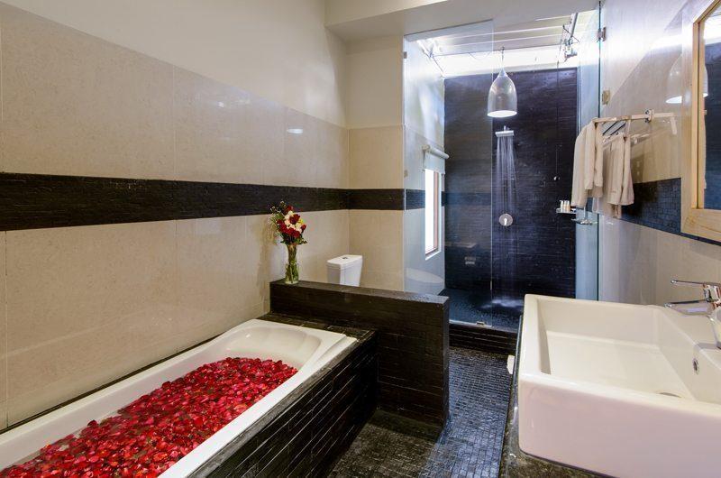 Villa Michelina Guest Bathroom   Legian, Bali