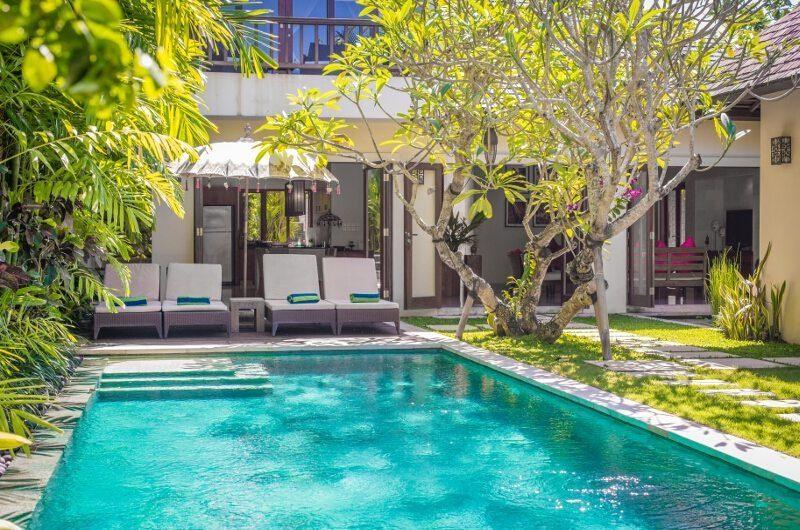 Villa Songket Sun Loungers I Umalas, Bali