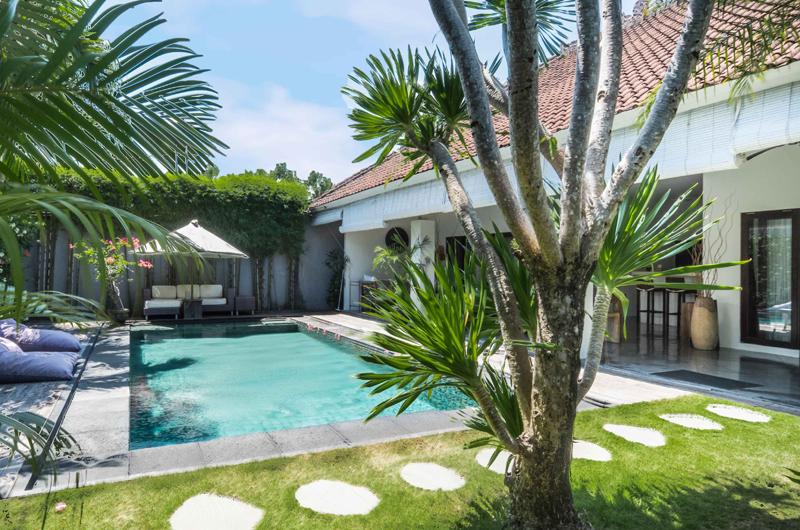 Villa Sophia Sun Beds | Seminyak, Bali