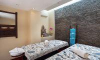 Villa Waringin Massage Beds | Pererenan, Bali