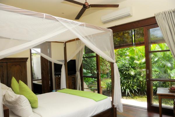 Villa Waringin Pisan Pisangan Bedroom | Pererenan, Bali