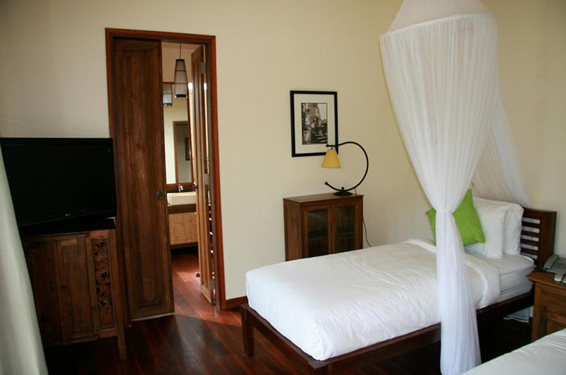Villa Waringin Sedap Malam Bedroom | Pererenan, Bali