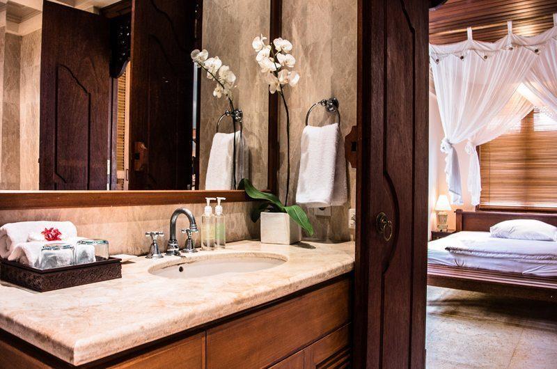 Villa Yasmine Ensuite Bathroom I Jimbaran, Bali