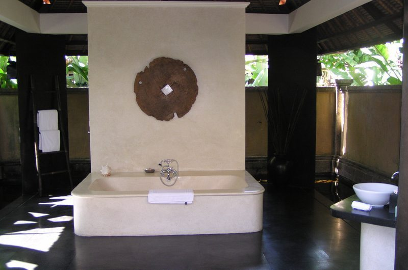 Ombak Luwung Bathroom   Canggu, Bali