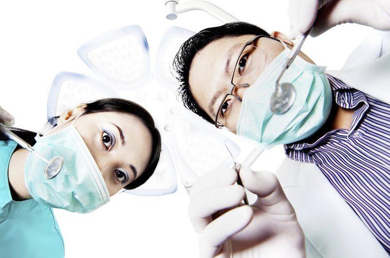 'Pleasure & Pain' – Seeing a Dentist on Holiday