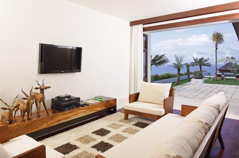 Sinaran Surga Lounge Room | Uluwatu, Bali