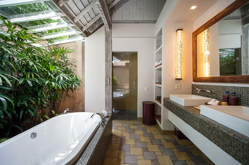 Space at Bali Open Plan Bathtub | Seminyak, Bali