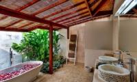 Villa Bibi Bathroom | Kerobokan, Bali