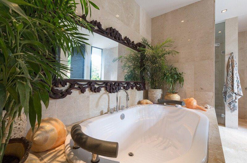 Villa Eshara Bathtub | Seminyak