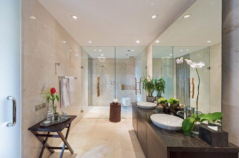 Villa Eshara Bathroom| Seminyak