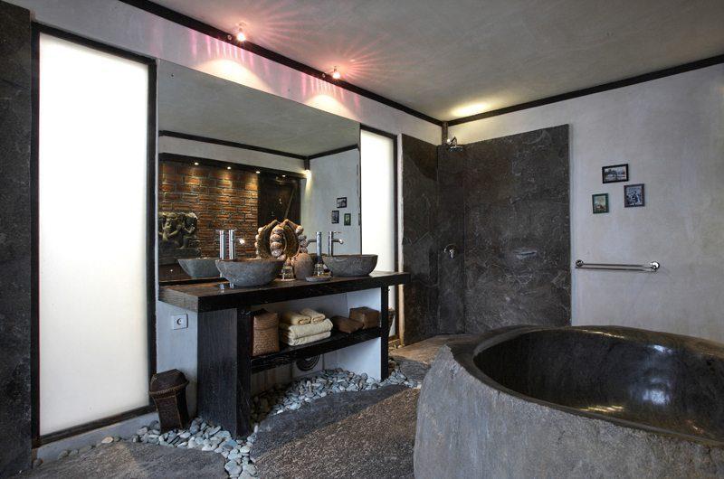 Villa Jempiring Bathroom | Seminyak, Bali
