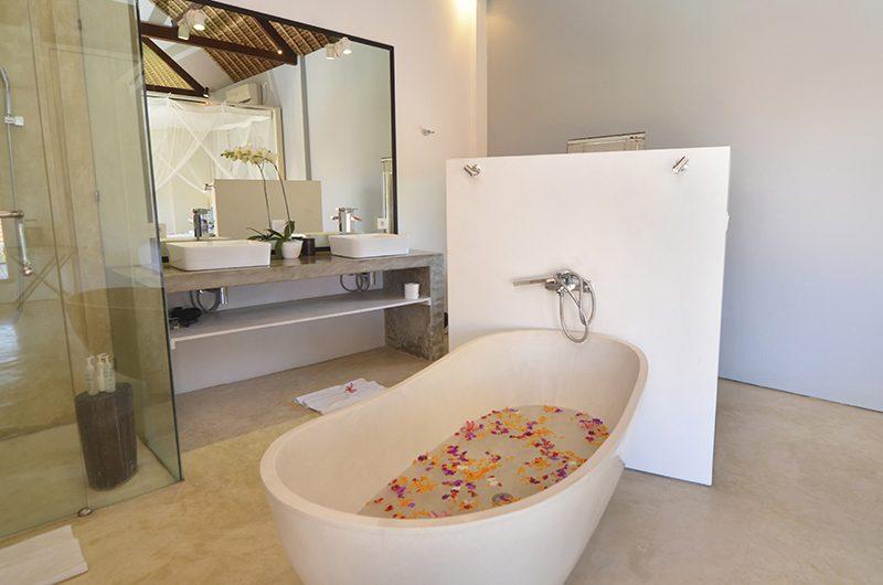 Villa Kami Bathtub Area | Canggu, Bali