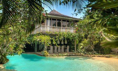Villa Phinisi Swimming Pool | Seminyak, Bali