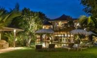 Villa Phinisi Outdoor Area | Seminyak, Bali