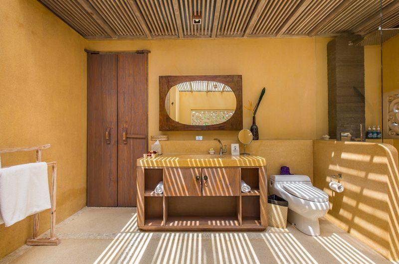 Villa Sky Li Guest Bathroom | Seminyak, Bali
