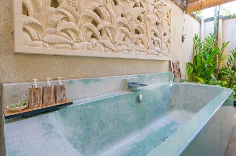 Villa Sky Li Bathtub | Seminyak, Bali