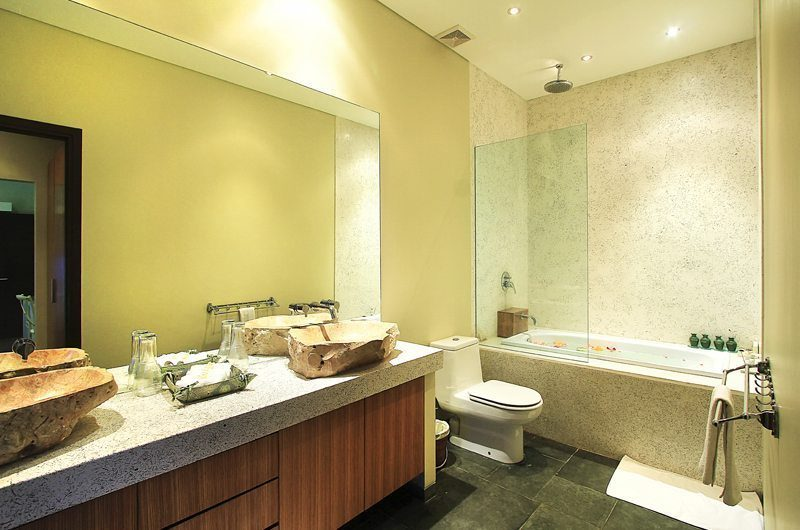 Bali Beach Pad En-suite Bathroom   Seminyak, Bali