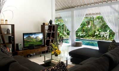 Esha Drupadi 1 | Living Room | Seminyak, Bali
