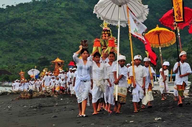 Melasti ceremony