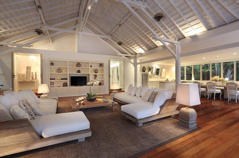 Villa Hermosa Living Pavilion | Seminyak, Bali