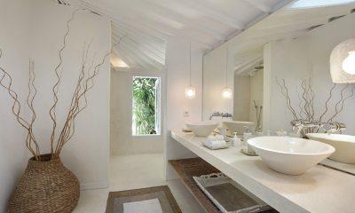 Villa Hermosa Bathroom | Seminyak, Bali