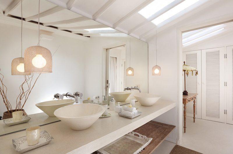 Villa Hermosa En-suite Bathroom | Seminyak, Bali