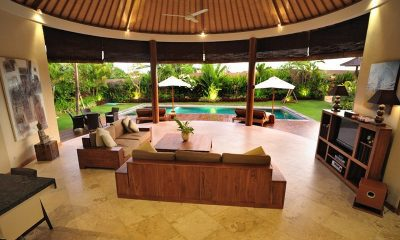 Villa Lea | 4br Open Plan Living Area | Umalas, Bali