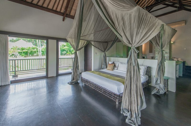 Villa Palm River Master Bedroom | Pererenan, Bali